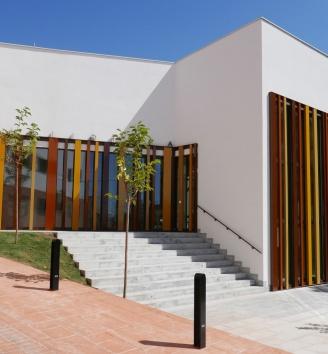 biblioteca pública propia en Villamediana de Iregua, La Rioja